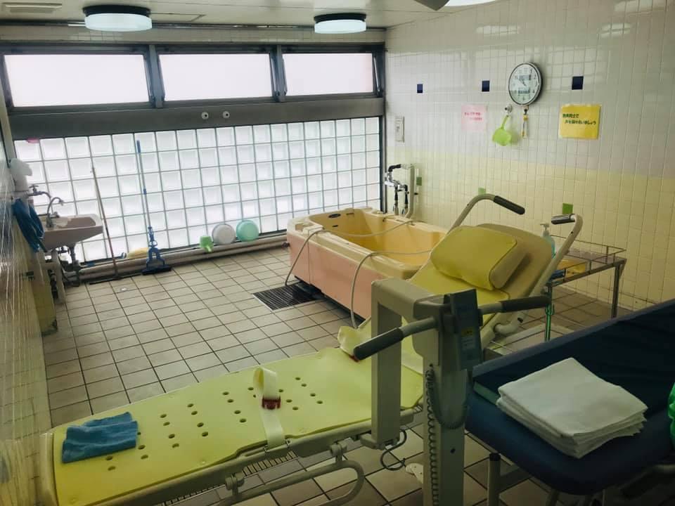 高島平にある障がい者福祉センターへ無所属の会で視察に伺いました。